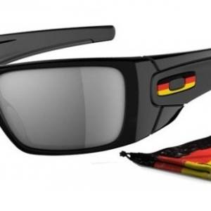 OAKLEY HIJINX 9021 212 German Edition Negro Brillo Iridium